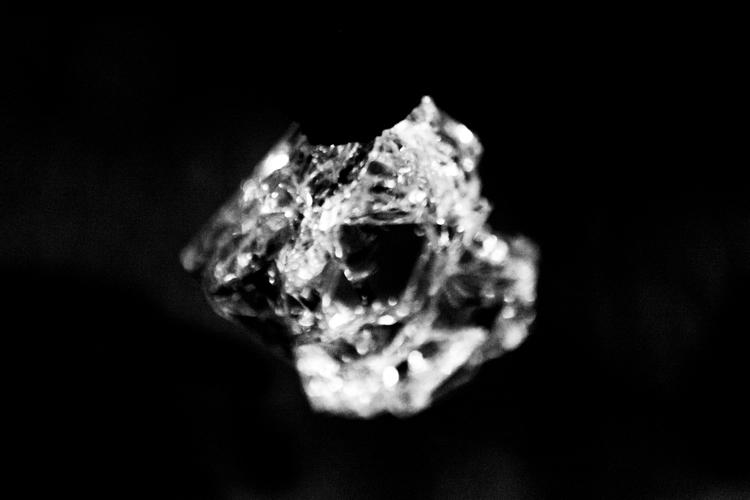 Tear / Lágrima, 2015 Olga Simón, installation, instalación, exhibition , exposición, Stills of peace, Atri, Italy, italia, art, arte